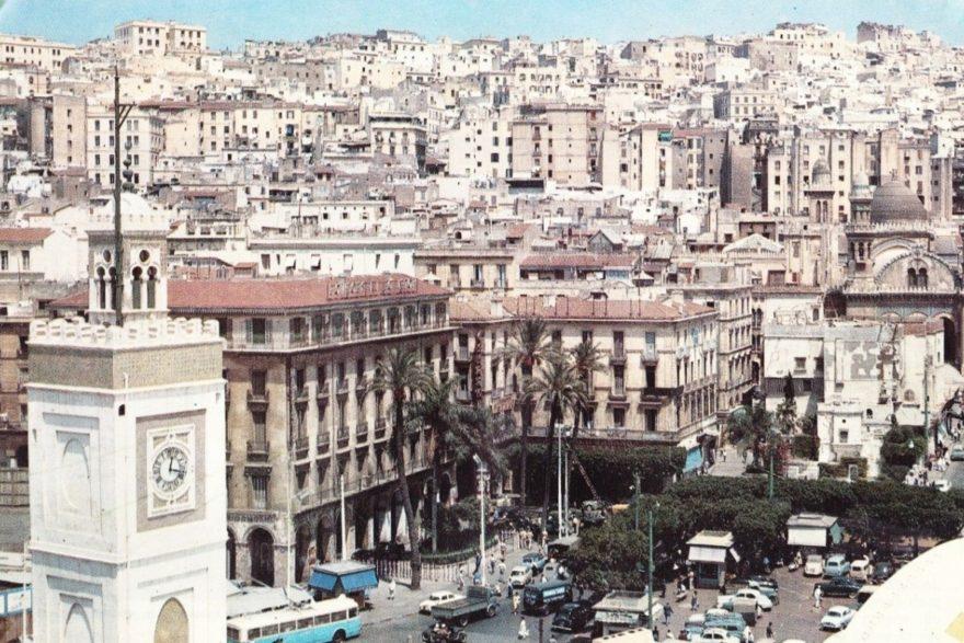 Alger_Square_Bresson
